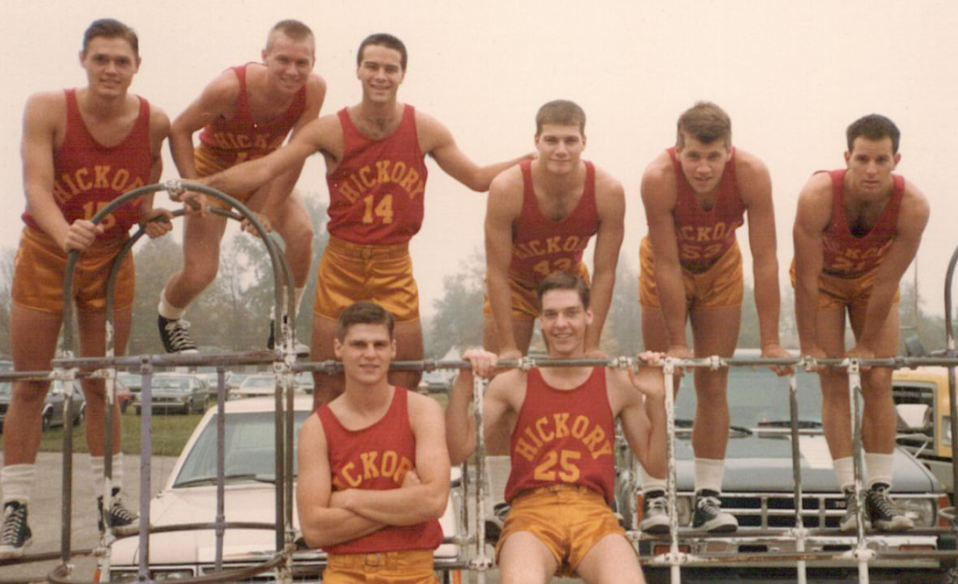 Front row: Kent Poole (Merle), Steve Hollar (Rade). Back row: Maris Valainis (Jimmy), Wade Schenck (Ollie), Brad Long (Buddy), Brad Boyle (Whit), Scott Summers (Strap), David Neidorf (Everett)